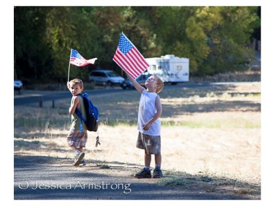 HikingWithAmericanFlags-3